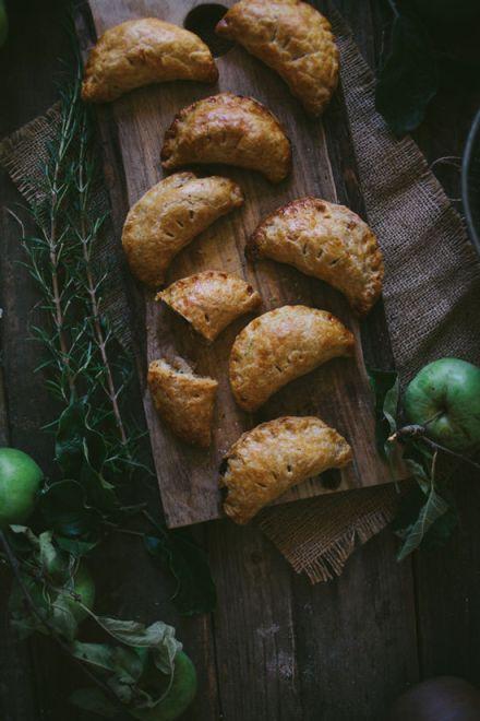 Apple-Rosemary-Hand-Pies-6