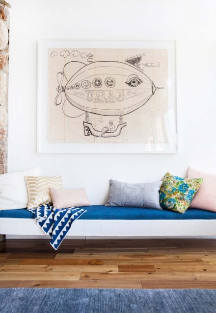 Emily-Henderson-Mid-Century-Modern-Leather-Bench-Seat-Pillows